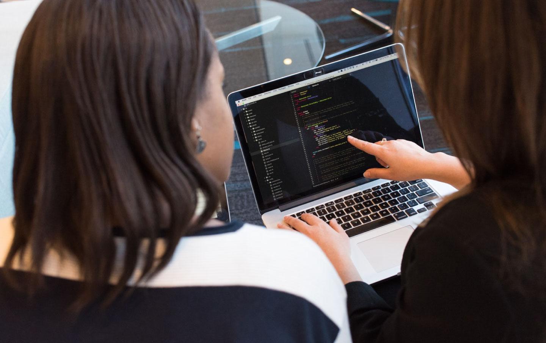 Falta de profissionais de TI com habilidades necessárias é o principal desafio das empresas